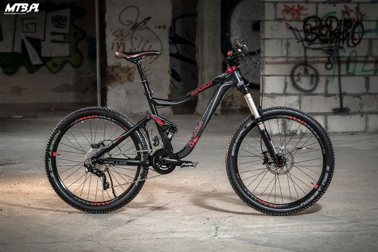 Just take a look on this adorable bike. It's Kellys Swag 50- enduro beast with well looking frame.  more: http://mtb.pl/test-kellys-swag-50-3367
