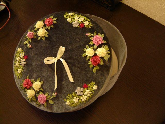 """Шкатулка """"Розы на бархате"""". Handmade. Embroidery ribbons. Box """"Roses on velvet"""""""