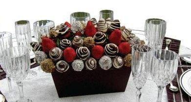 centro de mesa comestibles: fresas con chocolate ;)