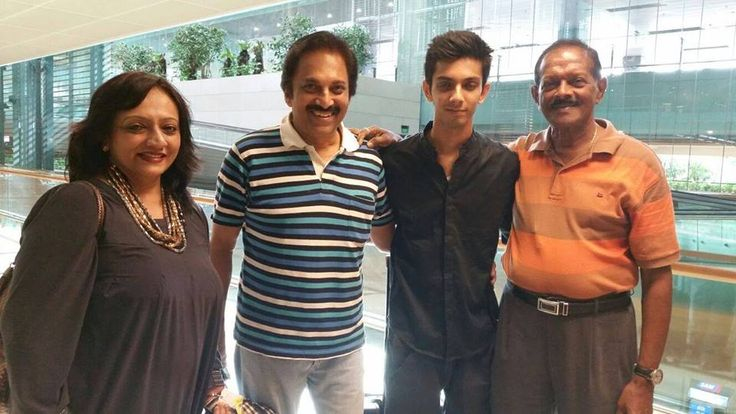 Anirudh Ravichander With his Family