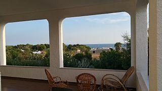 Elegante+villa+con+a+piscina,+a+600+m.+dal+mare,+con+appartamenti+da+3+a+6+posti+++Case vacanze in Salento   provincia di Lecce da @homeawayitalia