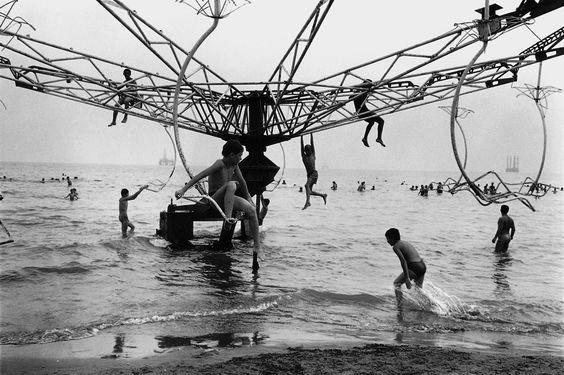 Jason Eskenazi. USSR. Caspian Sea, Baku. Wonderland series. 1997