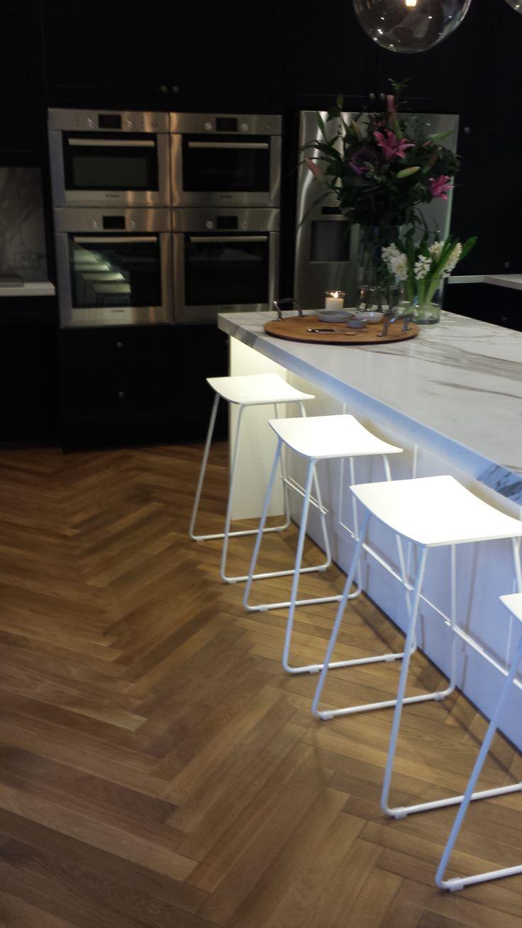 Herringbone parquet in Kitchen @ The Block