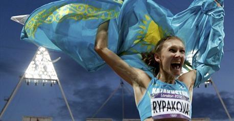 Grâce à un bond à 14,98m, la Kazahke Olga Rypakova devient championne olympique du triple saut