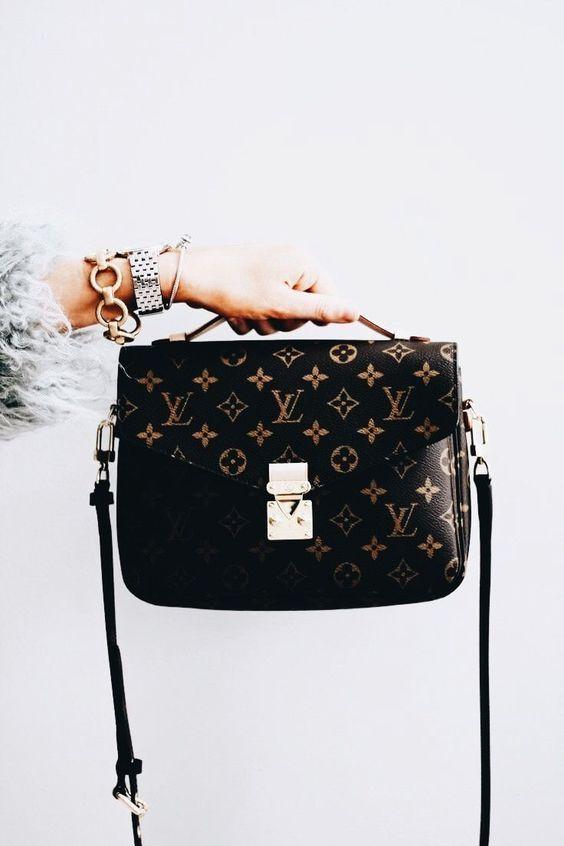 Du liebst Handtaschen? Bei NYBB gibt es preiswerte und elegante Handtaschen. Überzeug dich selbst 💕 #mode #fashion #bags #bag#taschen #handtaschen