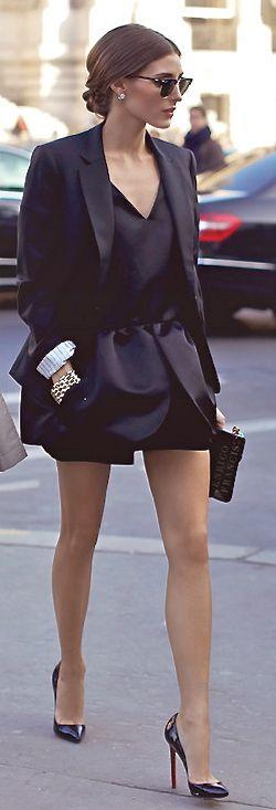 #HighHeels #heels #stilettos #StreetStyle #StreetChic