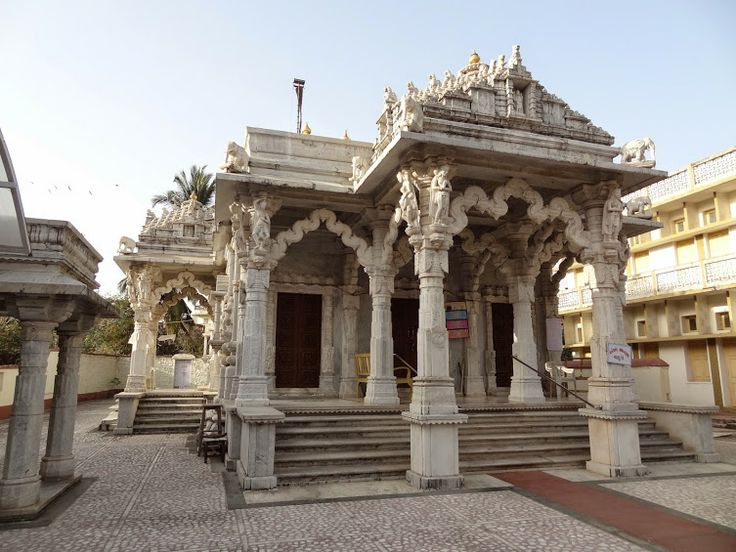 #Jain_Temple, Daman – A Landmark of #Daman - The mural #paintings in the temple are a wonderful sight. The paintings depict the life of #Lord_Mahavira so well that it almost seems life like. These paintings teach the visitors many lessons of life. We were really enriched because of the lessons that we received here. The paintings leave the visitors enthralled. #travel #destinations #wanderlust