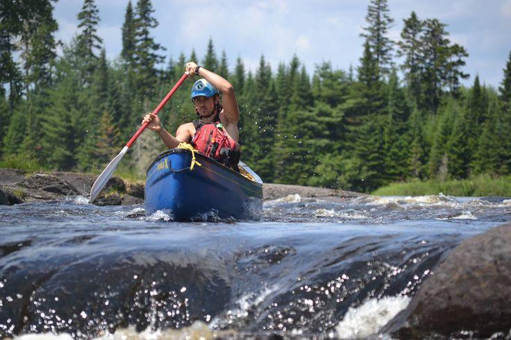 Whitewater canoe. Esquif.