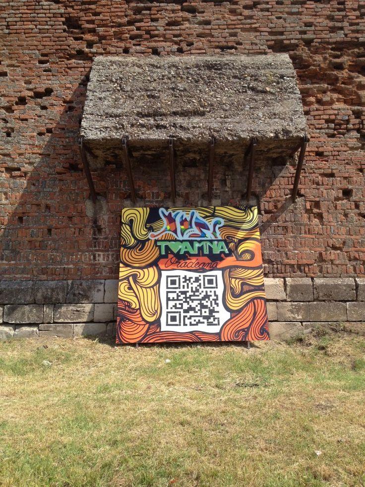 QR code grafitti pentru promovarea festivalului Toamna Oradeana