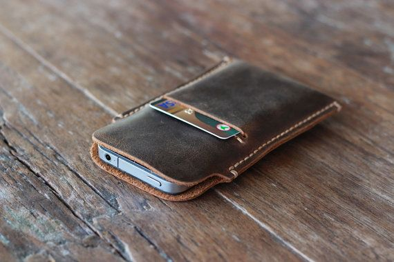 This distressed leather case will add that extra layer of security to your iPhone 5/5s.    Easy removal, maximum protection, smooth, rustic finish.