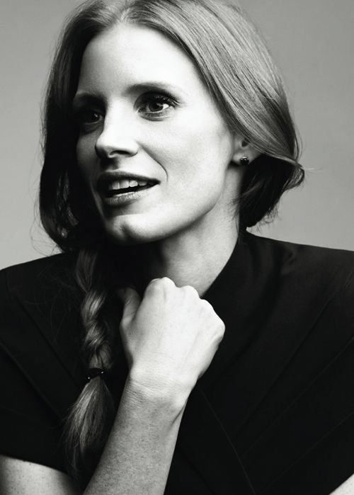 Jessica Chastain @Tara Harmon Harmon Williams this is who should play you in the movie version of you know what :)