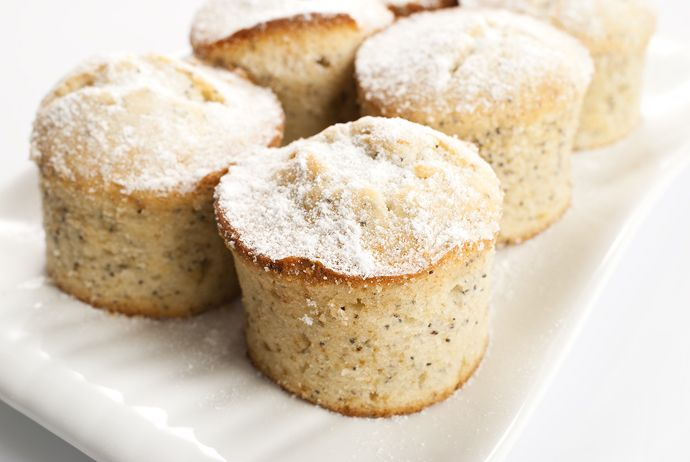 Lemon and poppy seeds muffinsPretty Eating, Seeds Muffins, Lemon Poppies, Drinks, Poppies Seeds