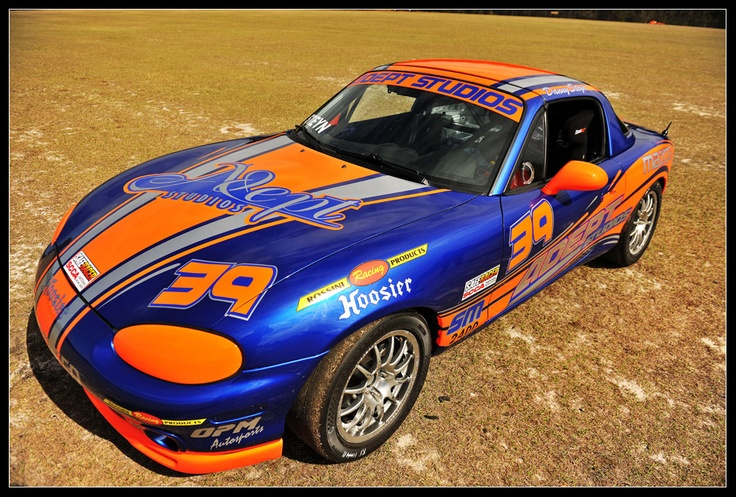 Danny Steyn's absolutely stunning and not even funny Spec Miata NB.