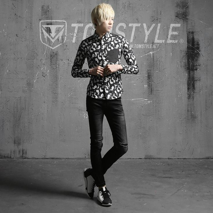 K-POP Men's Fashion Style Store [TOMSYTLE]  NB disadvantage Levitt / Size : M,L,XL / Price : 37.83 USD #dailylook #dailyfashion #casuallook #tops #shirt #TOMSTYLE #OOTD  http://en.tomstyle.net/