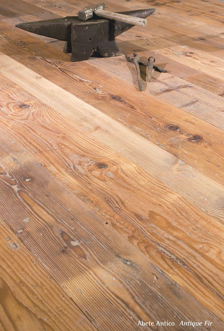 Antique Fir.  Pavimento legno di abete antico di recupero.