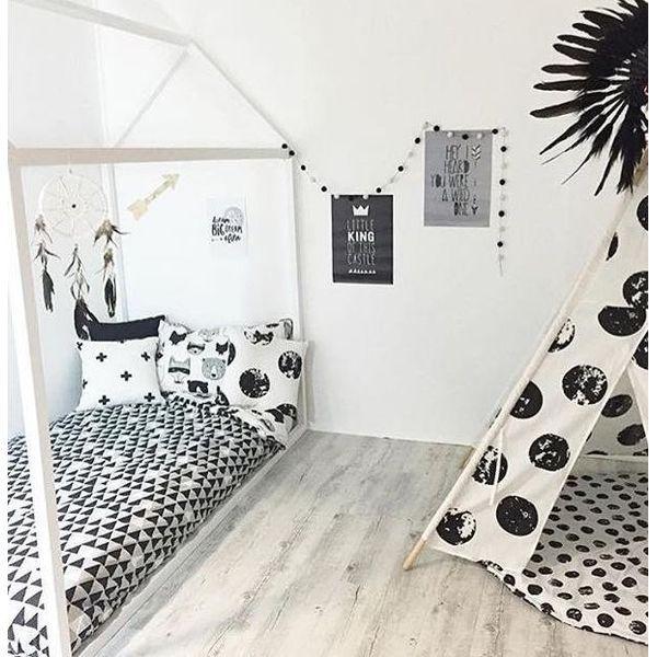 PRODUKTY :: DETI :: DETSKÝ NÁBYTOK :: Detská posteľ domček Moon White
