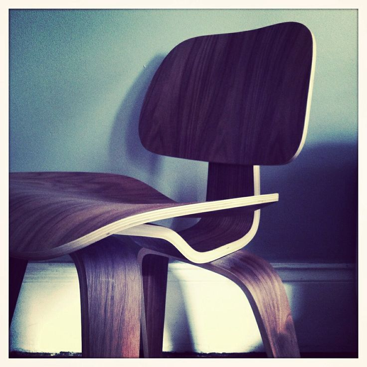 Eames chair in living room.