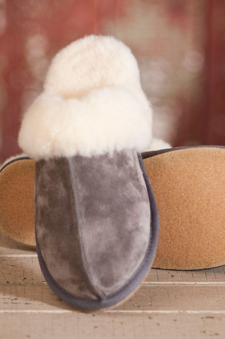 Women's Overland Scuff Sheepskin Slippers by Overland Sheepskin Co. (style 50802)