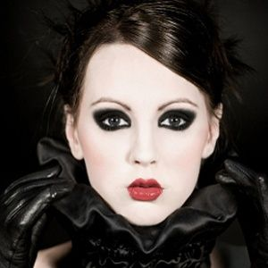 How To Do Goth Makeup For Halloween