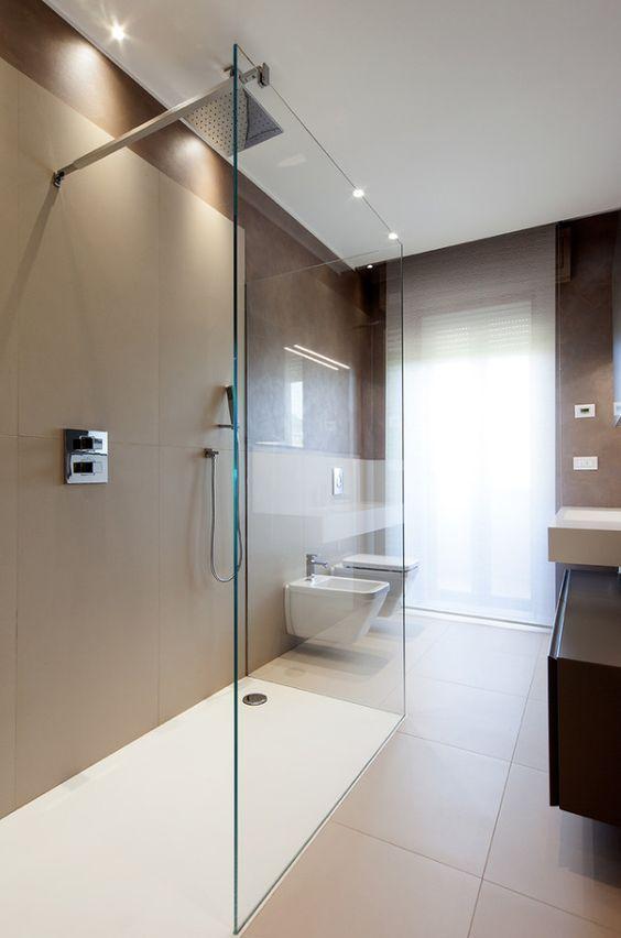 Oltre 25 fantastiche idee su piastrelle per doccia su - Sanitari bagno beige ...