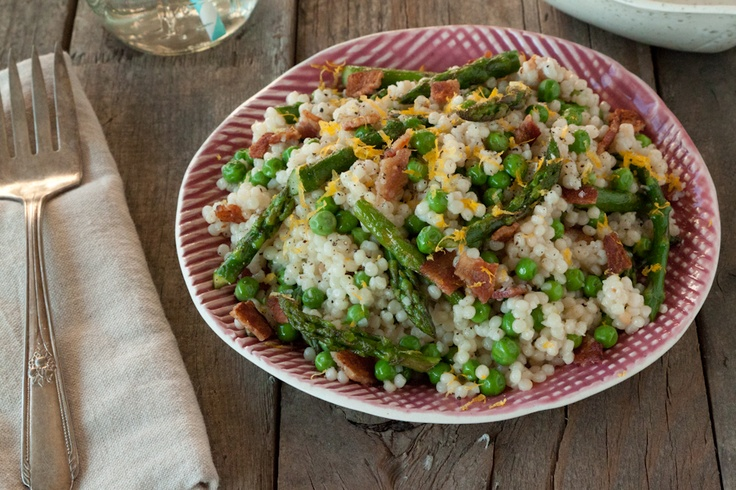 cous cous salad: Couscous Salad, Salad Asparagus, Spring Couscous, Peas Salad, Spring Coucous, Savory Recipe, Couscous Recipe, Buttons Recipe, Coucous Salad