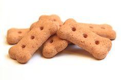 Biscotti per cani fatti in casa, una ricetta semplice e veloce da preparare