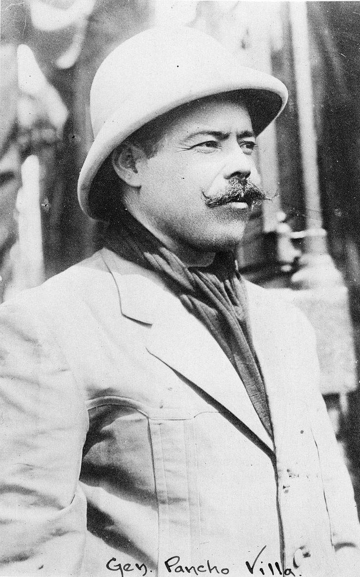 """Sería magnífico, yo creo, ayudar a hacer de México un lugar feliz.""    Doroteo Arango A. (Pancho Villa)"