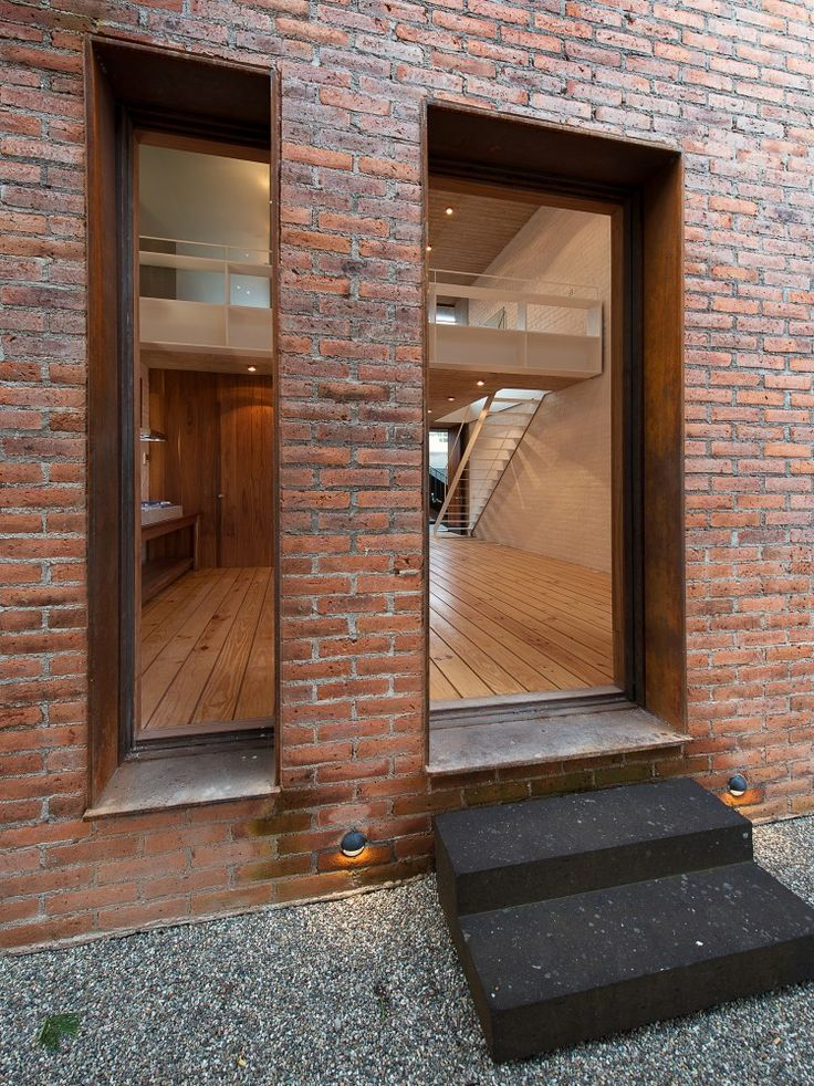 EGL1916 / Alvaro Moragrega arquitecto