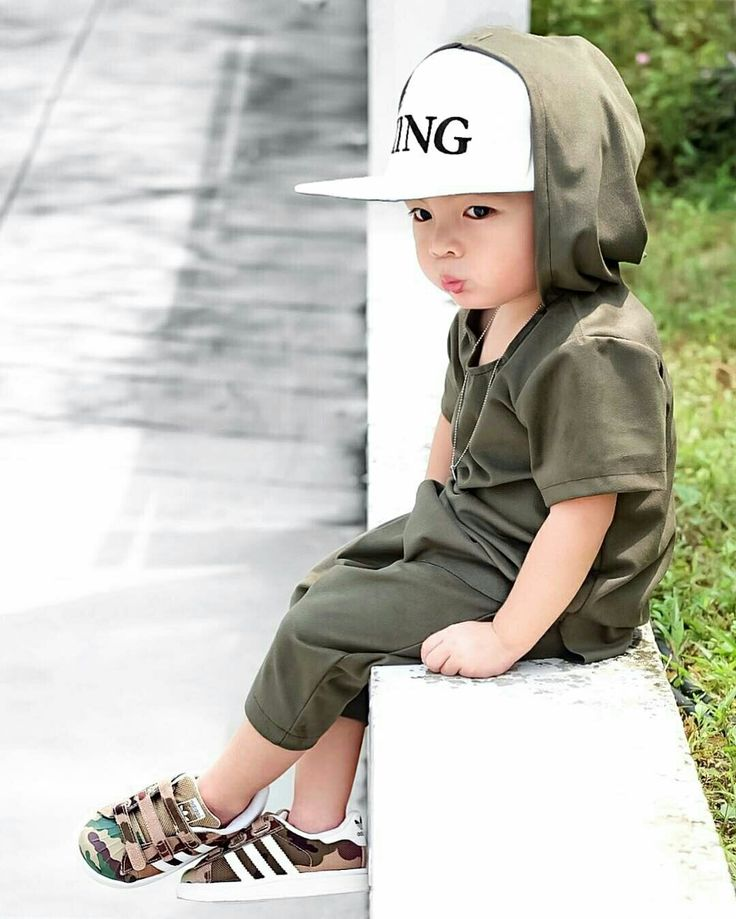 Waiting... Rayden Lim