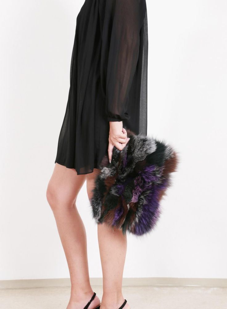 Polish your Christmas looks with a classy clutch like our Foxy patch... isn't it irresistible? Shop more furry bags and accessories @www.eyesonmisha.com . . . .
