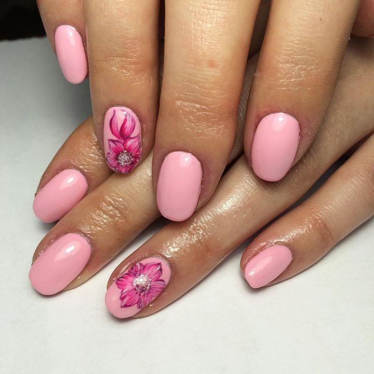 "51 Likes, 1 Comments - Марина Воложанина (@marina_kamensk_nails) on Instagram: ""Цветы, цветы....🌸🌺🌸"""