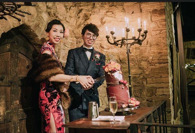 My best bride ever Photo @dingdong161  Hair&makeup by me #wedding #melbournemakeupartist #melbournehairdresser #japanesemakeupartist #montsalvat #vintagewedding #chinesewedding #fingerwaves #1920s #1920shair #1920swedding
