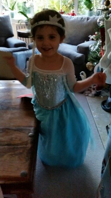Elsa comes for Xmas day.  X