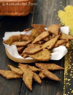 Moong Dal Crispies ( Tiffin Recipe) recipe | by Tarla Dalal | Tarladalal.com | #33088
