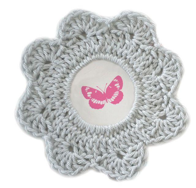 54 best cadres crochet images on pinterest crochet patterns frames and picture frame. Black Bedroom Furniture Sets. Home Design Ideas
