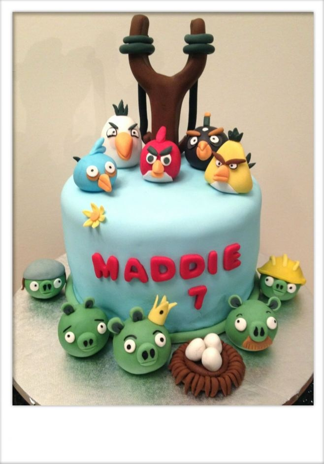 Angry Birds cake and birthday party ideas