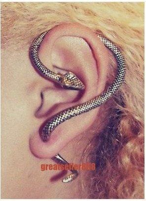 Too bad my ears aren't pierced...