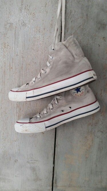 Converse handpainted by ☆ RR ☆ Yes Please by Rossana Rubino