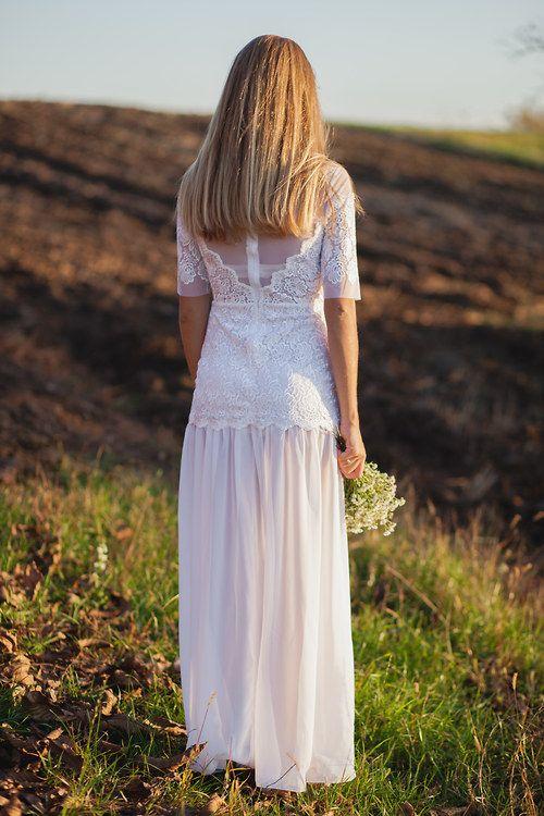 Jemné krajkové šaty