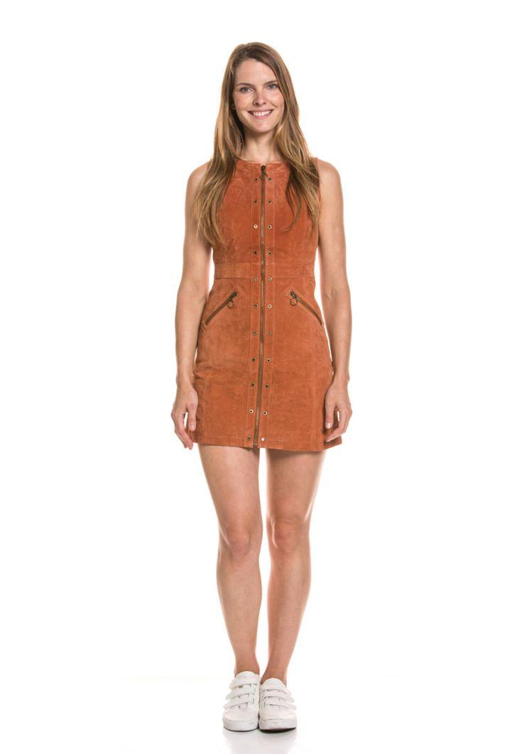Pepe Jeans Kleid Marche, Leder, ärmellos, Rundhals braun Jetzt bestellen unter: https://mode.ladendirekt.de/damen/bekleidung/kleider/sonstige-kleider/?uid=a0118936-c056-52b5-a0e4-eebaff9f78eb&utm_source=pinterest&utm_medium=pin&utm_campaign=boards #sonstigekleider #kleider #bekleidung Bild Quelle: brands4friends.de