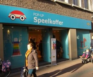 Ikea opent pop up winkels : http://bestemerken.be/nu-ook-pop-up-winkels-van-ikea