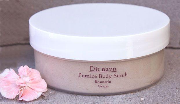 Nu kan man exfoliere sin krop med superfine vulkanske sten, der indeholder alle de vigtige mineraler til gavn for huden.