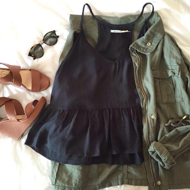 Weekend getaway outfit.