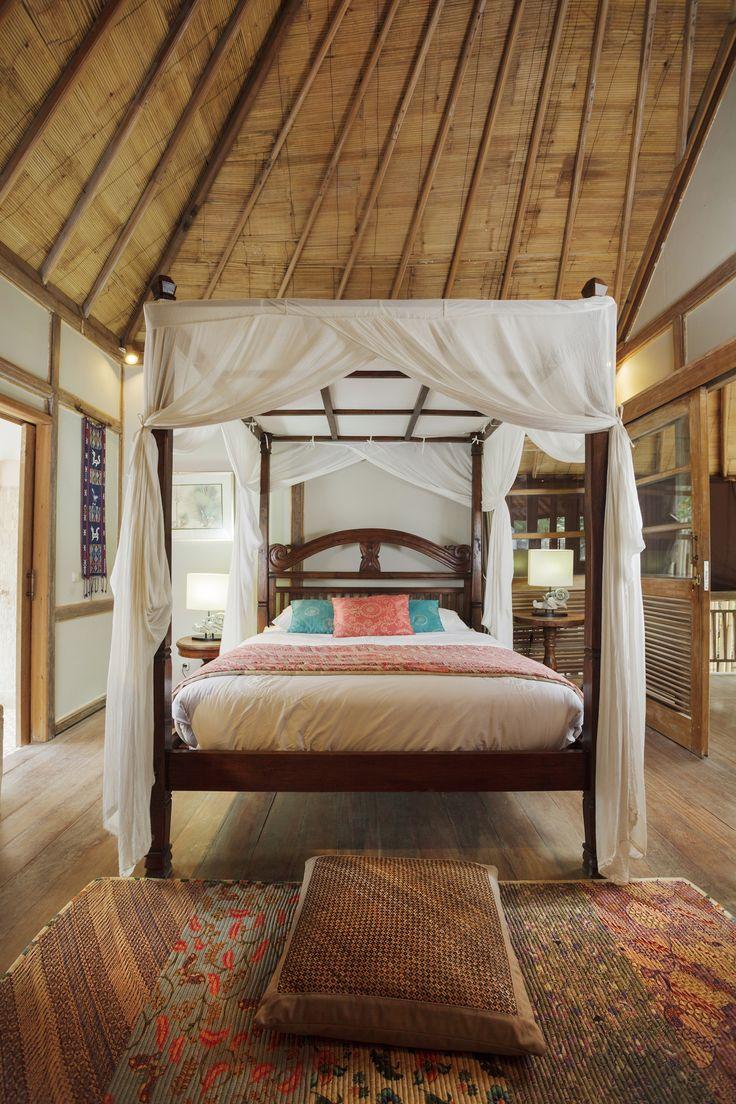 BEDROOM DECO.carpet mixed colors, rattan cushions