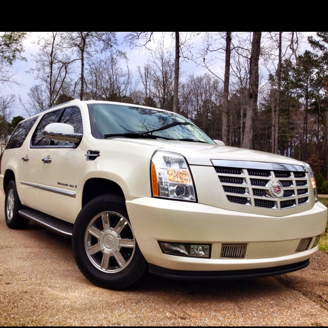 Buy Used Cadillac Escalade: Cadillac Escalade ESV. When I Graduate College, I Will Buy A Bad Boy Like This For All My Hard