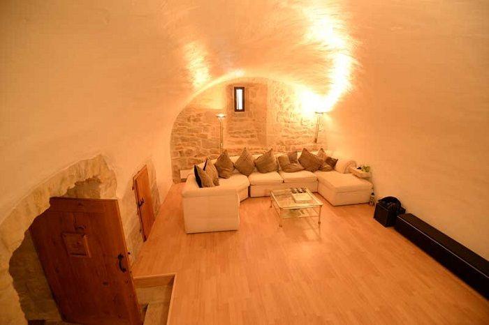 achat vente Château Médiéval a vendre  entièrement rénové , dépendances, maison de gardien, piscine Caylus , à 1h30 de Toulouse Blagnac TARN ET GARONNE MIDI PYRENEES