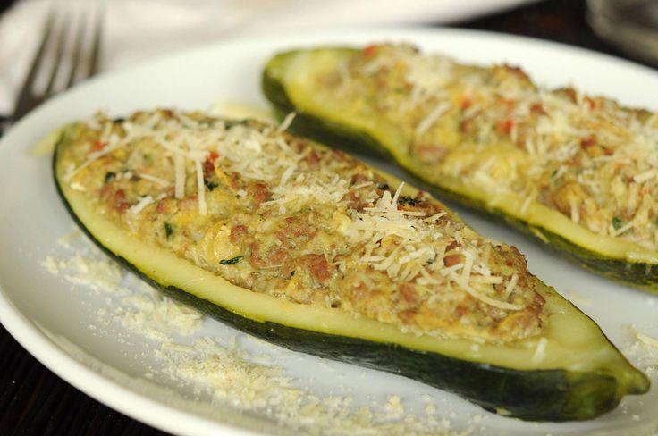 #RecetasCotiza: Zapallo Italiano relleno. Una opción saludable y muy rica para todos los gustos. Esta deliciosa opción se prepara al horno y puede ir variando de carne a verduras por si hay alguien vegetariano. #comida #ZapalloItaliano #recetas