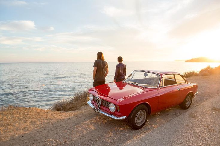 Now you can find things to do on Airbnb, not just places to stay. ⠀⠀⠀⠀⠀⠀⠀⠀⠀⠀⠀⠀⠀⠀⠀⠀ These experiences are led by local experts like Robbie, who's used his degree in mechanical engineering to restore countless old Porsches, Alfas, BMWs, and other European classics. Most importantly, he's willing to let you drive some of them. Test your mettle on the PCH, Stunt Road, and the Snake, a notorious stretch of Mulholland Highway, stopping for a view or a brew or just to practice your Steve McQueen…