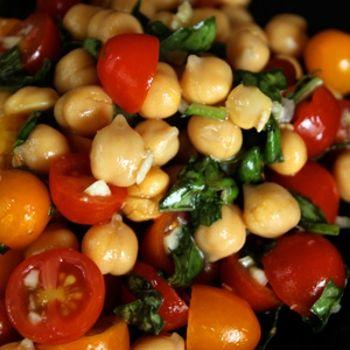 Chickpea and tomato salad w/fresh basil