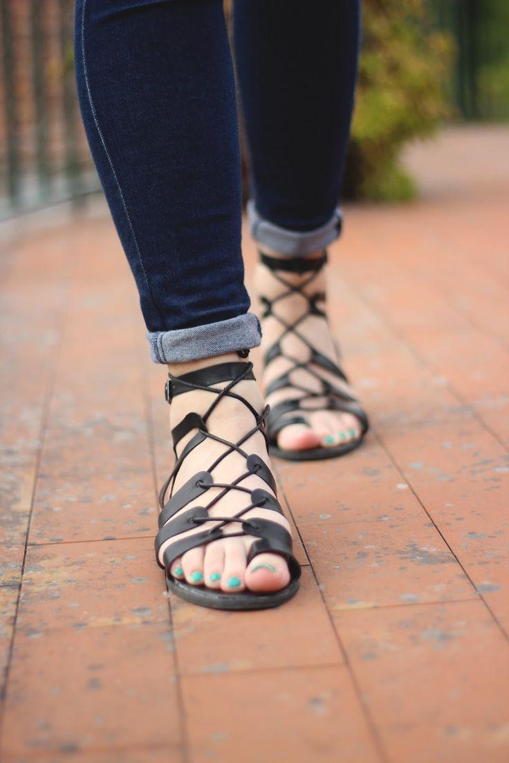 Sandals To Rain - A N N M A C H A D O